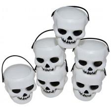 Petits pots pour Halloween en forme de têtes de mort