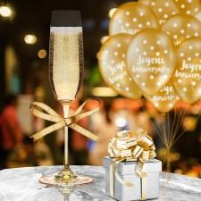 Décoration de table d'anniversaire personnalisée avec ruban dorée