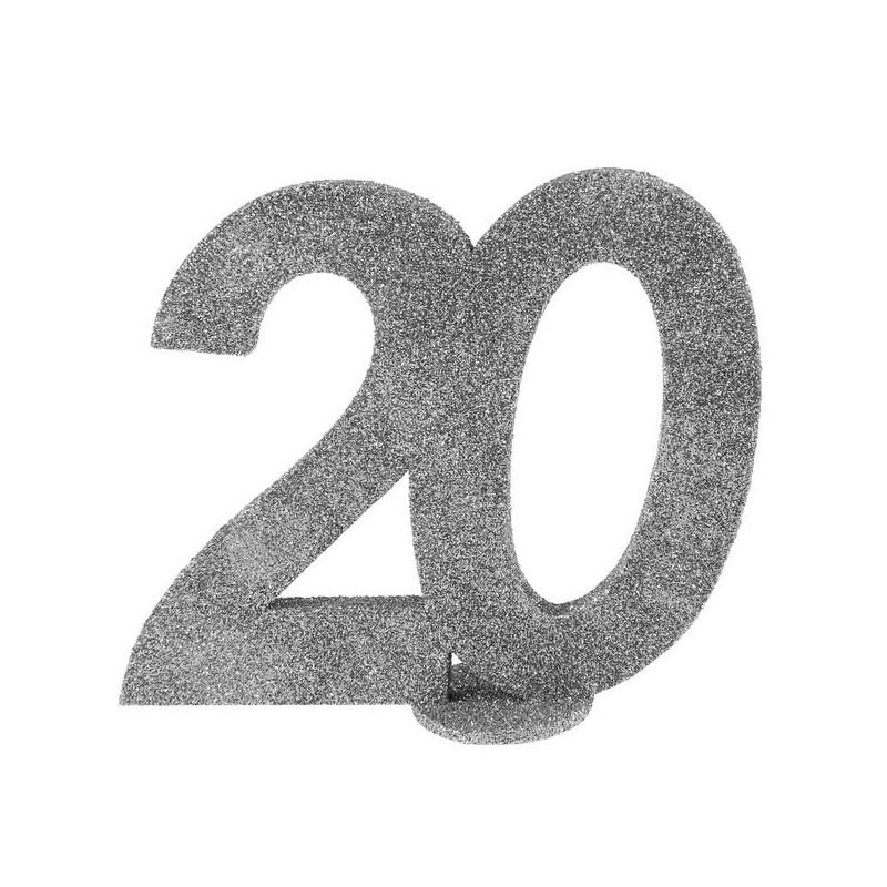 Déco de table d'anniversaire couleur argent
