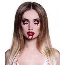 Lentilles Halloween avec yeux sanglants